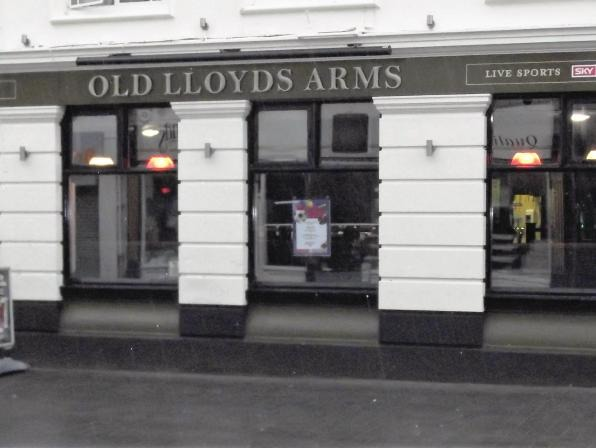 Old Lloyds Arms Profile Pic