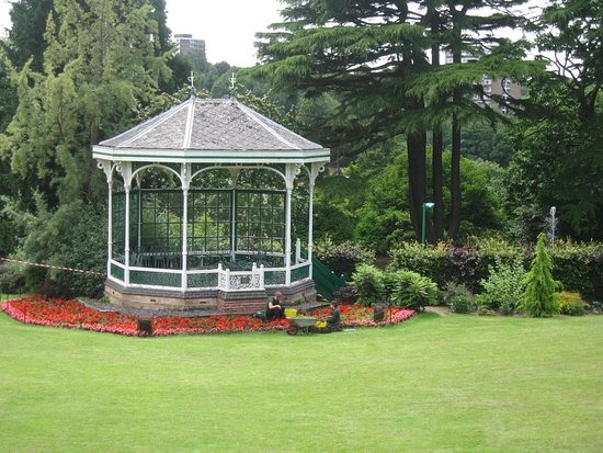 Botanical Gardens Bandstand Profile Pic